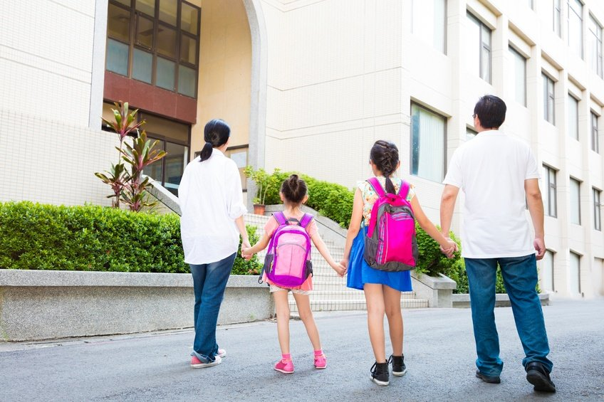 8 Co-Parenting Tips for When Your Children Are Back in School